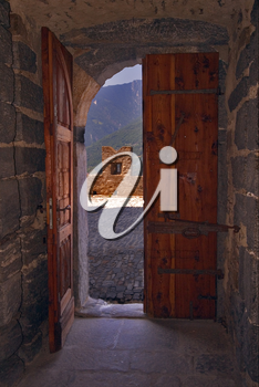 the door in the castle of bellinzona
