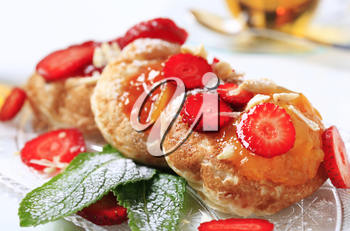 Griddle cakes topped with jam
